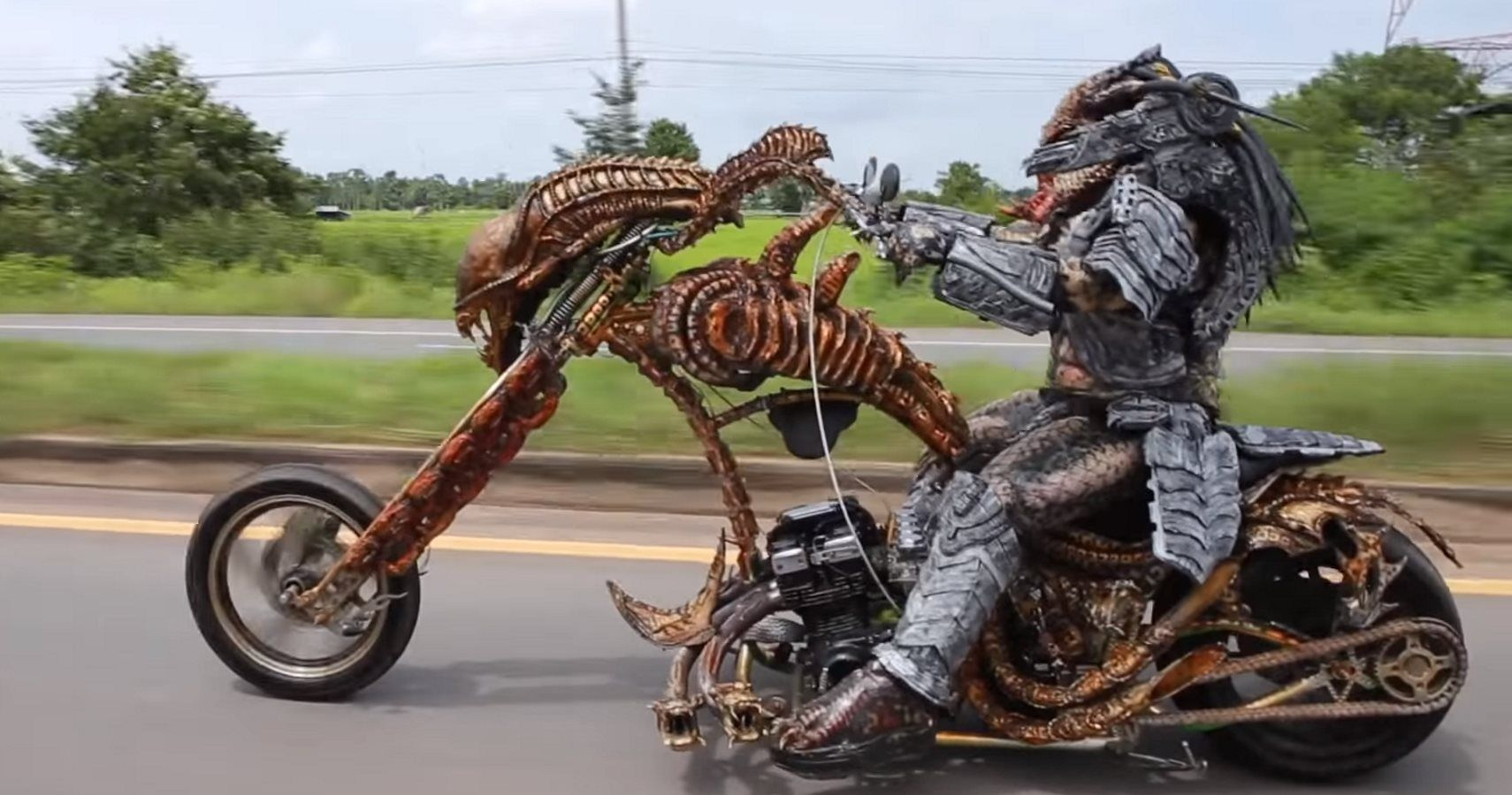 Check Out This Alien Themed Motorcycle Driven By Predator