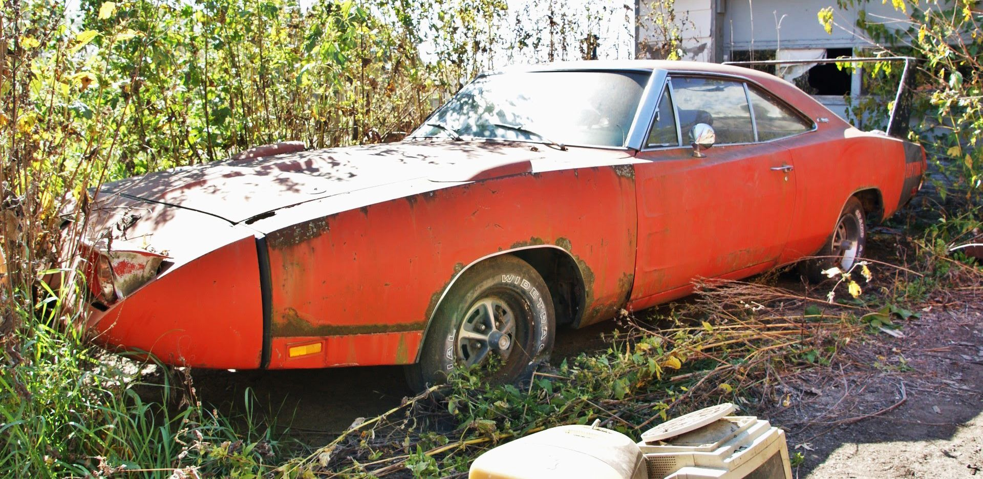10 Old Cars That Are Cheap To Restore (And 10 That Cost Too Much Money)