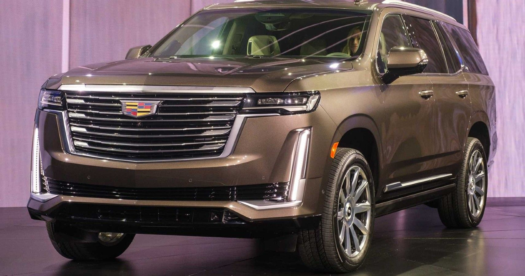 2021 Cadillac Escalade Offers Cutting Edge Tech, Big Power