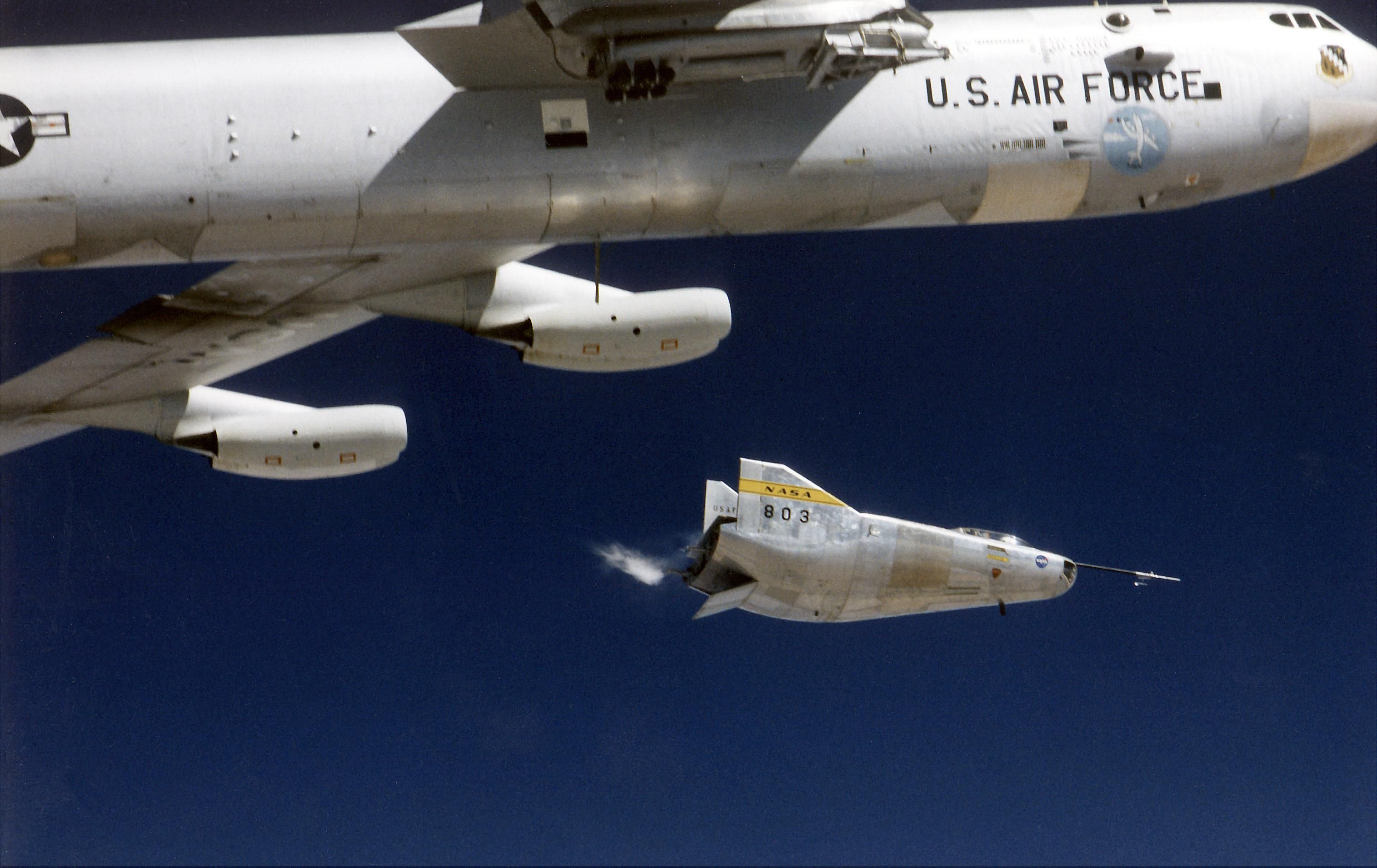 UFOs From Earth: 10 Experimental Airplanes That Look Like They're From Another Planet