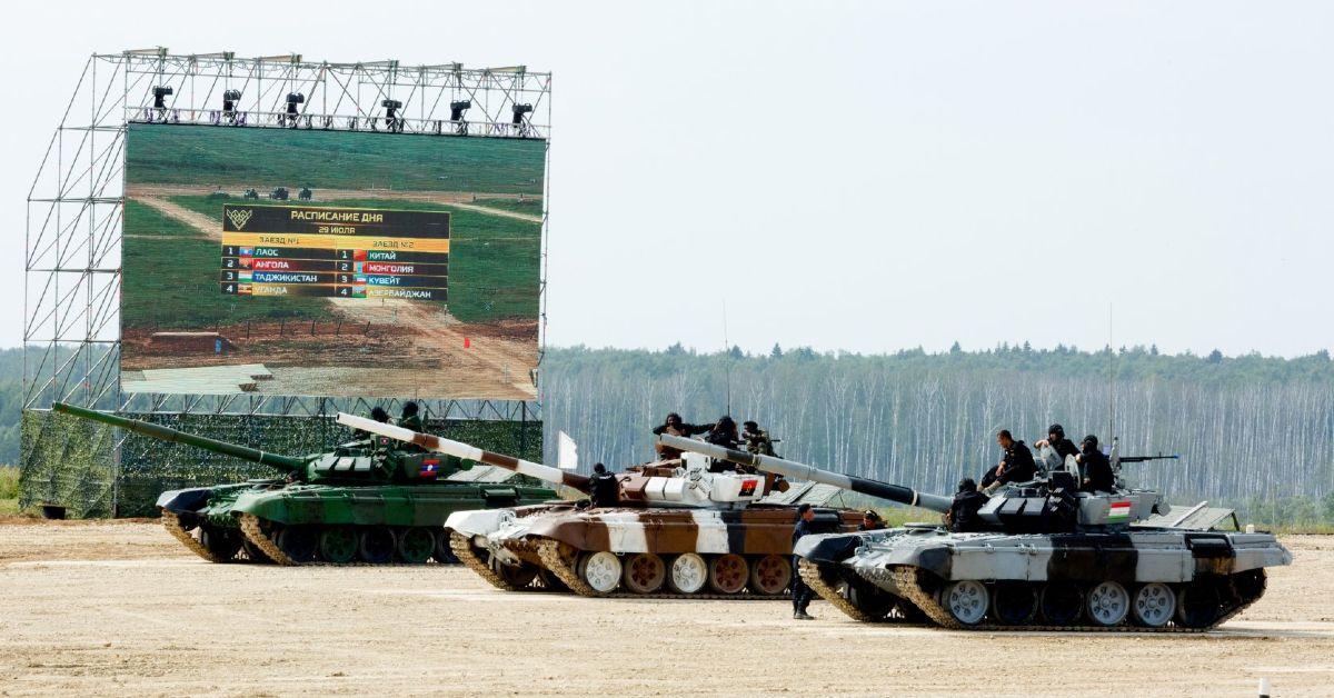 Why Russia's Tank Biathlon Is The Craziest Motorsport You've Never Heard Of
