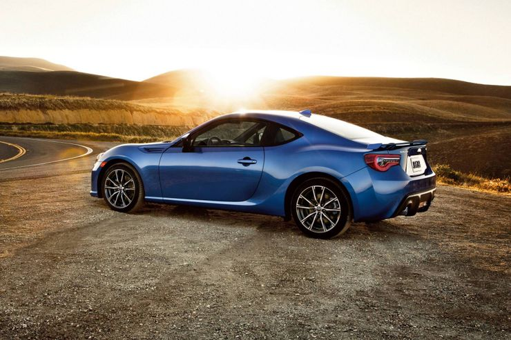 Mazda Miata Vs Subaru Brz Here S Which Entry Level Sports Car Is Right For You