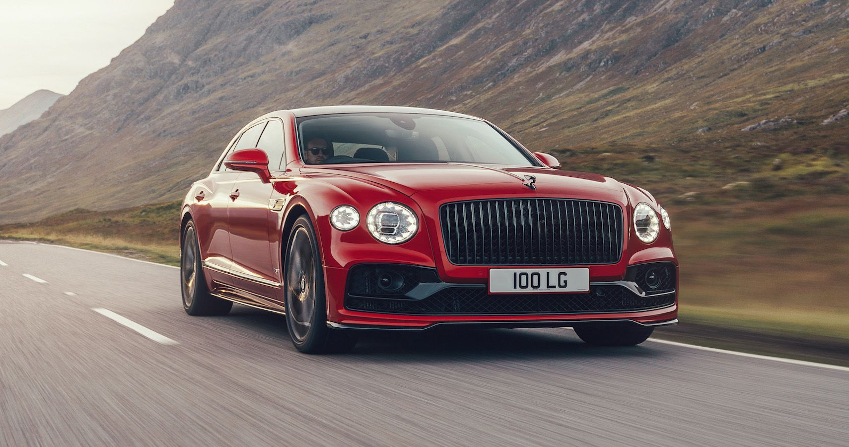 Bentley Unveils New Flying Spur V8 With Cylinder Deactivation Tech