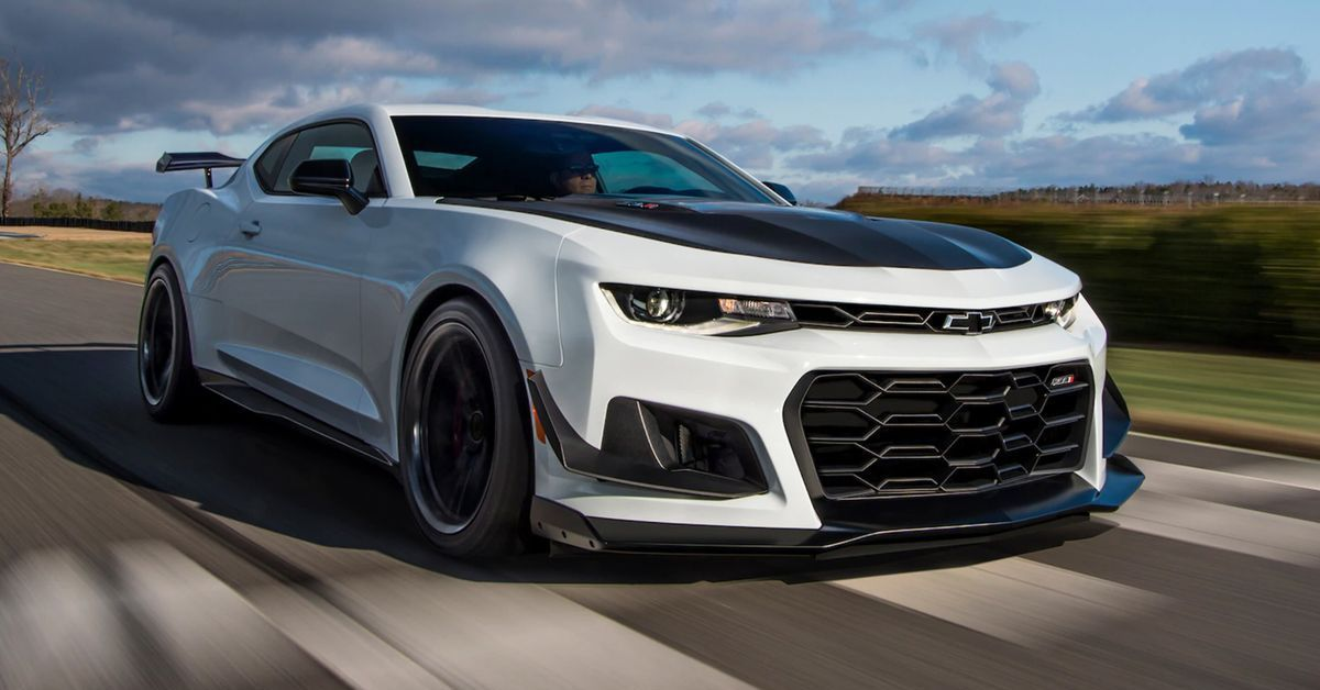The Chevrolet Camaro ZL1 1LE Is A Track Born Street Destroying Muscle Car