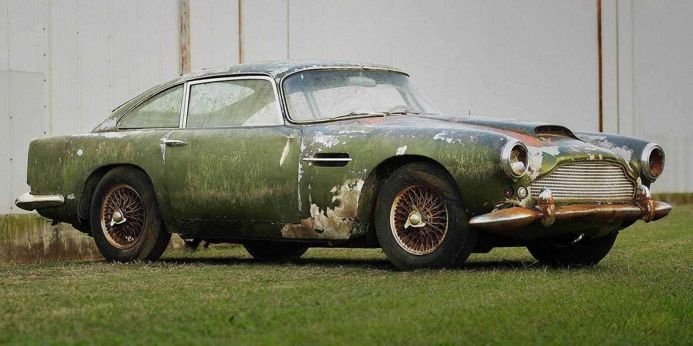 Sad Pictures Of Abandoned Classic Cars | HotCars