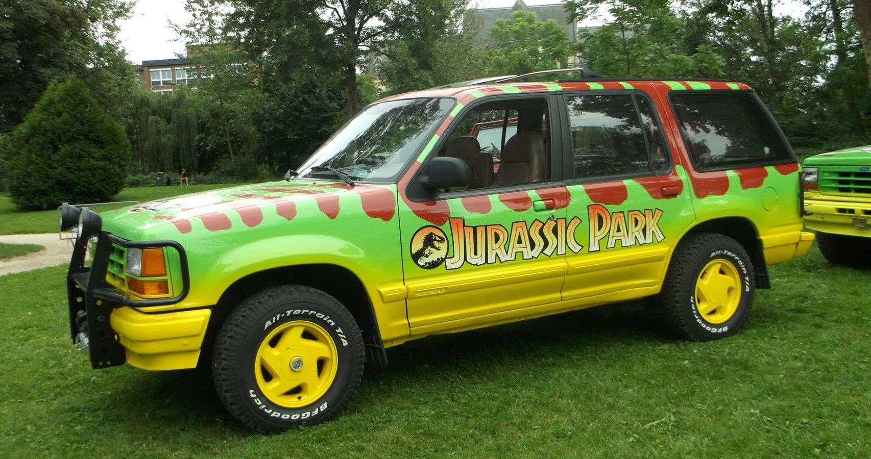 Here's What Happened To The Ford Explorer From Jurassic Park
