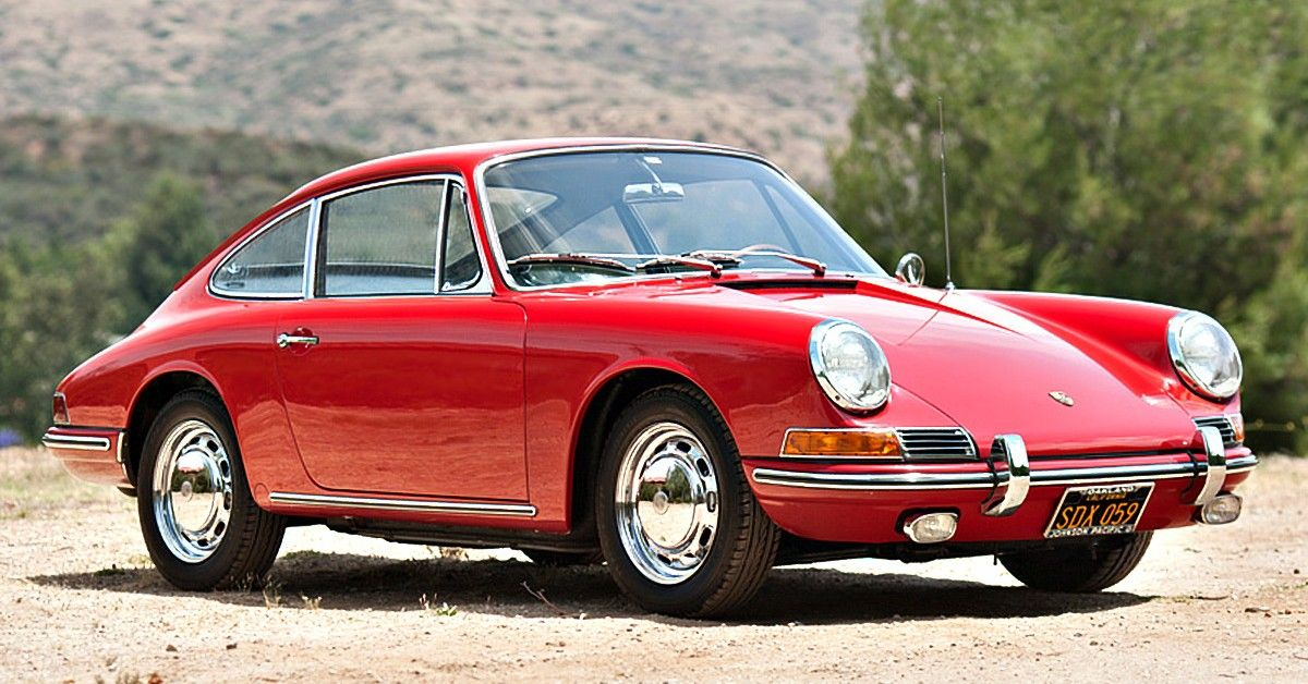 Looking Back At The First Year Of The Porsche 911 | HotCars
