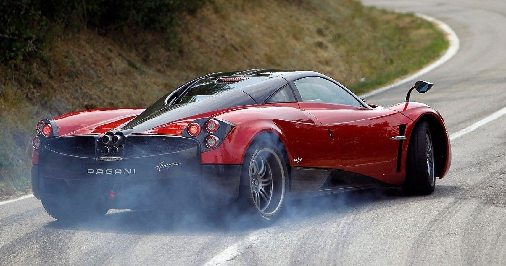 This Is Why The Pagani Huayra Is Illegal In America | HotCars