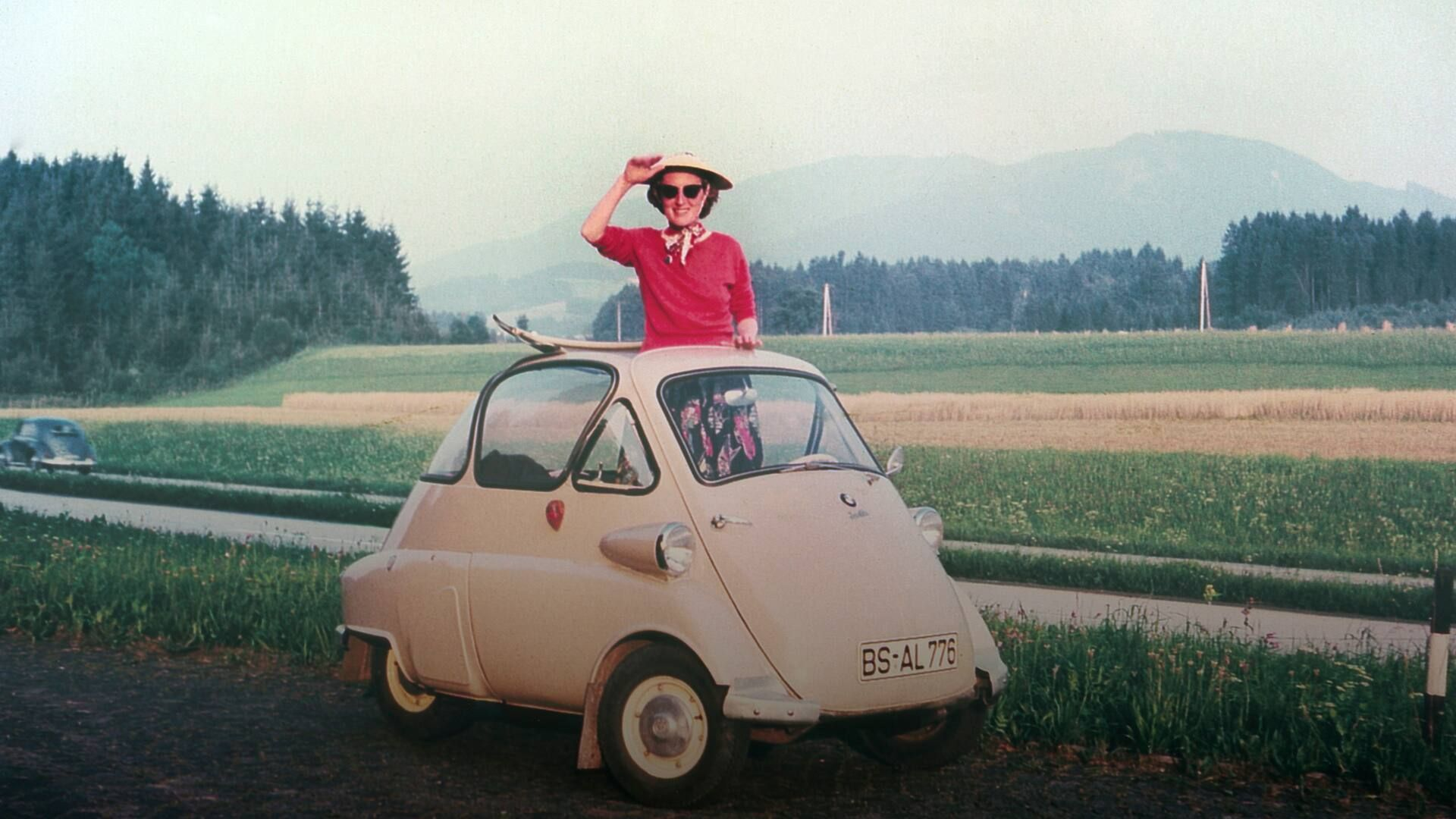 The BMW Isetta & Seven Other Weird Cars That Have Scratching Our Heads