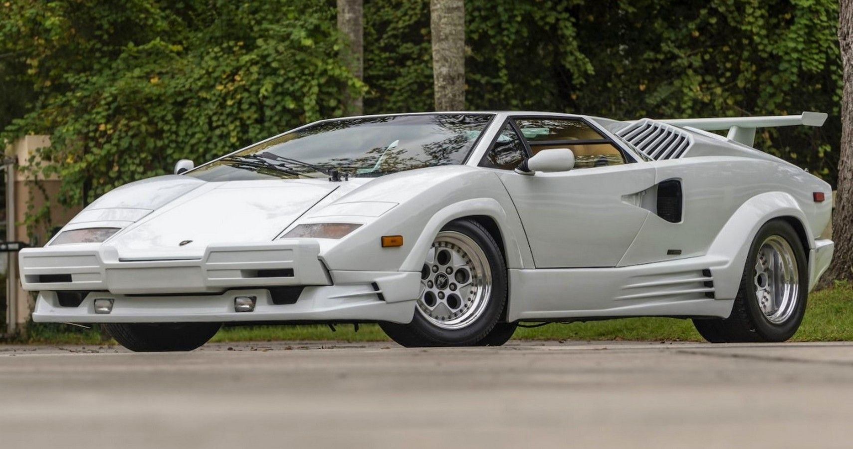 9 Terrible Classic Cars That Are Now Worth A Fortune   HotCars